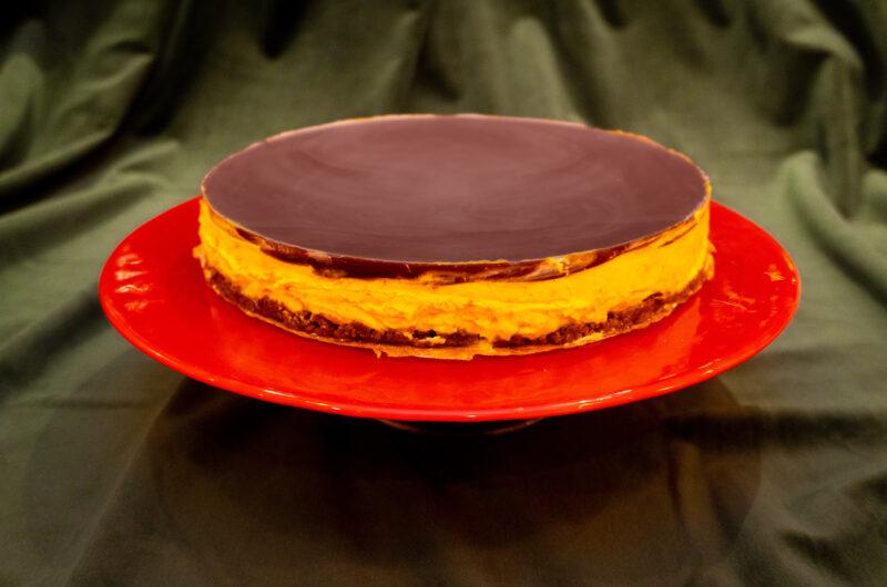 Saffranscheesecake på pepparkaksbotten och med glöggspegel